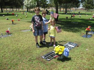 Kids_grave_1